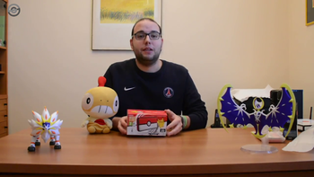 Unboxing New Nintendo 2DS XL Poké Ball Edition.png